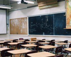 Vyberte tú správnu strednú školu pre dieťa